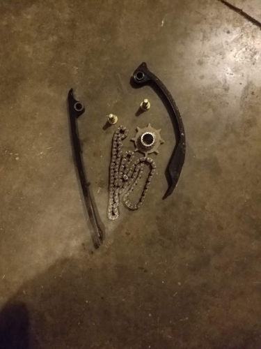 Suzuki 2002 GSXR750 Cam Chain & Guides w/ Sprocket