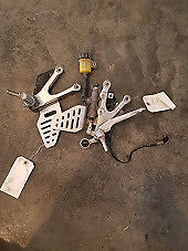 2008 YAMAHA YZF R6 RIGHT REARSET LEFT AND RIGHT SIDE